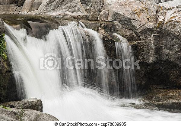 řeka, cordoba, argentina, krajina, malý, vodopád - csp78609905