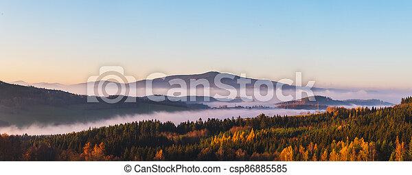 krajina, čech, -, mlhavý, povstání, republika, západ slunce, klet, hory, čistý, mlha, nebe, hora, mračno - csp86885585