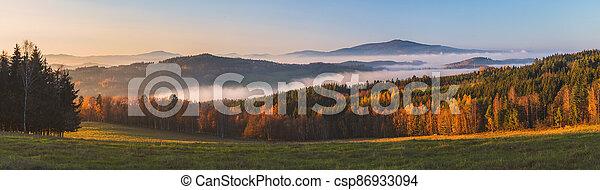 krajina, čech, -, mlhavý, povstání, republika, západ slunce, klet, hory, čistý, mlha, nebe, hora, mračno - csp86933094