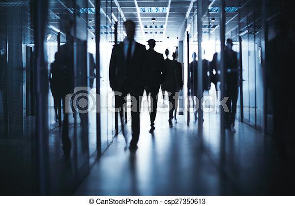Obchodníci chodí - csp27350613